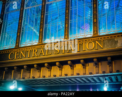 Central Station sign at night, Glasgow, Scotland, UK. - Stock Photo