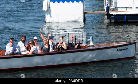 Henley on Thames, United Kingdom, 8th July 2018, Sunday, Supporters of Marlow and Bann RCs' crew, Long and Scott, celebrate winning ' the 'Hambleden C - Stock Photo