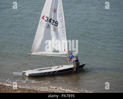 Sheerness, Kent, UK. 21st July, 2018. UK Weather: a sunny and warm day in Sheerness, Kent. Credit: James Bell/Alamy Live News - Stock Photo