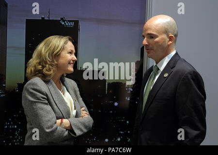 Buenos Aires, Argentina. 21st July, 2018. The Spanish Finance Minister Nadia Calvino (L) talks with the Secretary of Finance and Public Credit of Mexico Jose Antonio Gonzalez Anaya (R), after a bilateral meeting in Buenos Aires, Argentina, 21 July 2018. The meeting is part of the meeting of finance ministers of the G20. Credit: Pablo Ramon/EFE/Alamy Live News - Stock Photo
