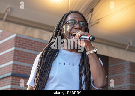 BUSY BEE HOSTING EPMD CONCERT AT NJ PAC July 19,2018 - Stock Photo