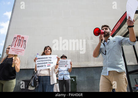 London, UK. 23rd July, 2018. Members of the Iraqi community with no particular political, religious or tribal affiliation protest outside the Iraqi embassy to draw attention to the Iraqi government's brutal handling of recent protests in Iraq to demand better employment, public services, education, electricity and other rights. Credit: Mark Kerrison/Alamy Live News - Stock Photo
