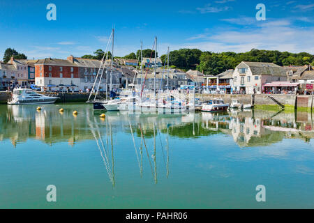 26 June 2018: Padstow, Cornwall, UK - The harbour and waterfront. - Stock Photo