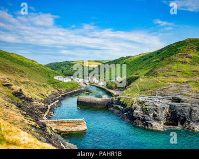 2 July 2018: Boscastle, Cornwall, UK - The harbour of the fishing village of Boscastle on a summer evening. - Stock Photo
