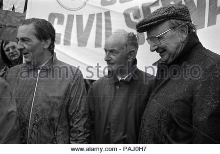 """EMBARGOED TO 0001 TUESDAY JULY 24 File photo dated 1/9/1974 of (left to right) TUC General Secretary Len Murray, AEWU President, Hugh Scanlon and Transport Workers' leader Jack Jones. James Callaghan secretly urged officials to find ways of ousting left-wing trade union leaders causing trouble for the government """"by one means or another"""", according to newly-released official papers. - Stock Photo"""