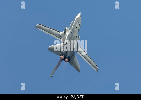 aerobatic flying-display at the 2005 Paris AirShow, Salon-du-Bourget - Stock Photo