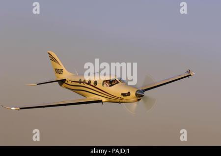 Farnborough F1 Kestrel prototype flying - Stock Photo