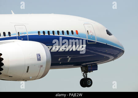 Rolls-Royce Trent 1000 engine-cowling and nose of the first Boeing 787-8 Dreamliner prototype on final-approach - Stock Photo