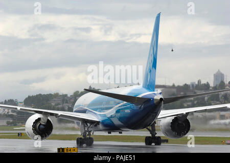 the first Boeing 787-8 Dreamliner prototype taxiing - Stock Photo