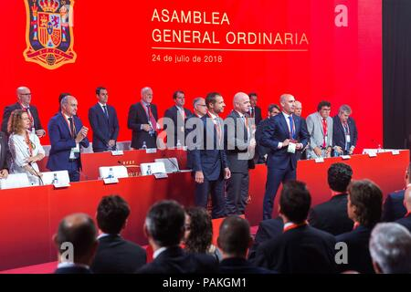 Madrid, Spain, 24 July 2018. Luis Rubiales (C-R), President of Royal Spanish Soccer Federation (RFEF); FIFA's counterpart, Gianni Infantino (C), and UEFA's head, Aleksander Ceferin (c-L), attend the RFEF's Assembly meeting, in Madrid, Spain, 24 July 2018. EFE/Rodrigo Jimenez Credit: EFE News Agency/Alamy Live News - Stock Photo
