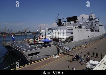 Odessa, Ukraine. 24th July, 2018. ODESSA, UKRAINE - JULY 24, 2018: HNLMS De Ruyter (front), a frigate of the Royal Netherlands Navy, arrives at the Ukrainian port of Odessa as part of SNMG-2 (Standing NATO Maritime Group Two) and along with SNMCMG-2 (Standing NATO Mine Countermeasures Group Two), consisting of Turkish, Romanian and German ships as well, ahead of joint NATO-Ukrainian maritime exercises in the Black Sea. Arkhip Vereshchagin/TASS Credit: ITAR-TASS News Agency/Alamy Live News - Stock Photo
