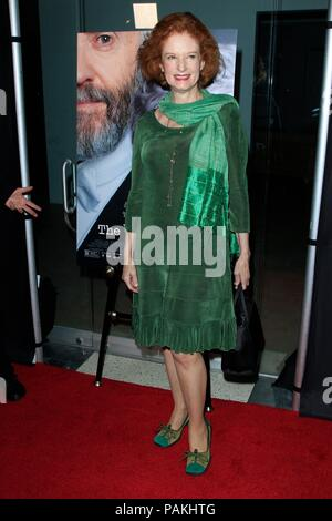 West Hollywood, CA. 23rd July, 2018. Lisa Pelikan at arrivals for THE WIFE Premiere, Pacific Design Center, West Hollywood, CA July 23, 2018. Credit: Priscilla Grant/Everett Collection/Alamy Live News - Stock Photo