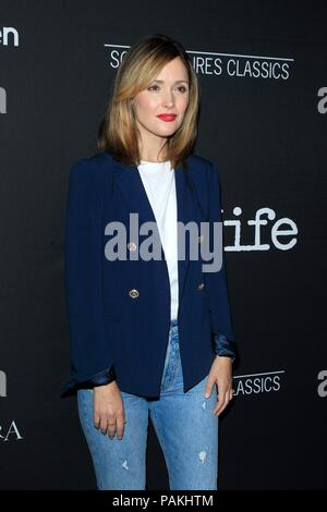 West Hollywood, CA. 23rd July, 2018. Rose Byrne at arrivals for THE WIFE Premiere, Pacific Design Center, West Hollywood, CA July 23, 2018. Credit: Priscilla Grant/Everett Collection/Alamy Live News - Stock Photo