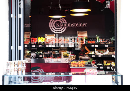 Bolzano. 23rd July, 2018. Photo taken on July 23, 2018 shows a grocery shop in Bolzano, north Italy. Bolzano is located in the Trentino-Alto Adige region. It was once a stop on the coach route between Italy and the flourishing Austro-Hungarian Empire. The city is blended with cultures. Thanks to the cool weather, Bolzano attracts lots of tourists during summer time. Credit: Jin Yu/Xinhua/Alamy Live News - Stock Photo