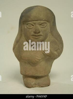 Standing Ceramic Figure. Culture: Moche. Dimensions: H x W: 4 3/4 x 3in. (12.1 x 7.6cm). Date: 3rd-5th century. Museum: Metropolitan Museum of Art, New York, USA. - Stock Photo
