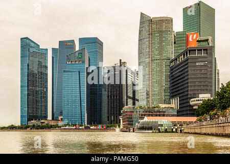 Singapore - Jan 14, 2018: Landscape view at downtown skyscrapers skyline as viewed from over Marina Bay in Singapore.