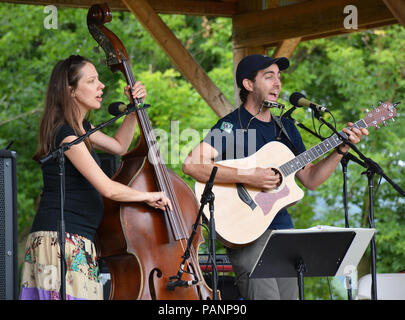 Tim & Abi Zinger Folk Musicians at the at the 14th Annual Tunkhannock River Day 2018 at Riverside Park Tunkhannock PA. Traditional Music,Folk Tunes. - Stock Photo