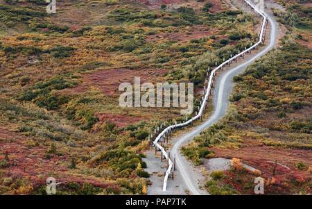USA, Alaska, Oil Pipeline