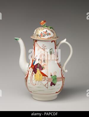 Coffeepot. Culture: British, Worcester. Dimensions: Height: 9 3/4 in. (24.8 cm). Factory: Worcester factory (British, 1751-2008). Date: ca. 1760-65. Museum: Metropolitan Museum of Art, New York, USA. - Stock Photo