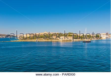 looking from sliema over marsamxett harbour to manoel island, malta - Stock Photo