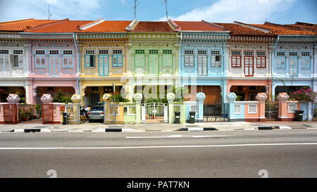 Traditional colourful shophouses in Singapore - Stock Photo