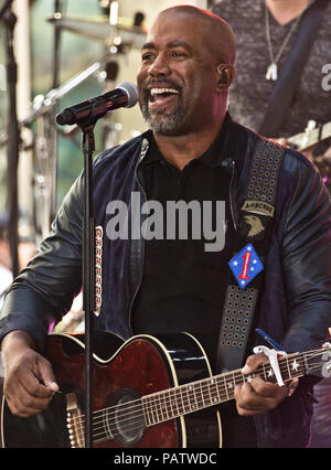 New York, NY, USA. 25th May, 2018. American Singer-Songwriter Darius Rucker Performs on NBC's 'Today' Show Summer Concert Series at Rockefeller Plaza. - Stock Photo