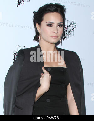 Los Angeles, CA, USA. 12th Jan, 2016. 24 July 2018 - Singer Demi Lovato has been hospitalized after suffering an apparent drug overdose. File Photo: 12 January 2016 - Los Angeles, California - Demi Lovato. Stella McCartney Autumn 2016 Collection Event held at Amoeba Music Hollywood. Photo Credit: AdMedia Credit: AdMedia/ZUMA Wire/Alamy Live News - Stock Photo