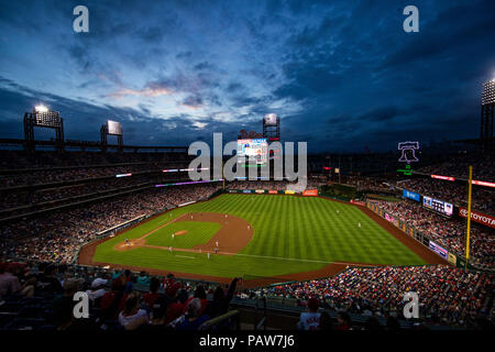 Philadelphia, Pennsylvania, USA. 24th July, 2018. View of the stadium as the sun is setting during the MLB game between the Los Angeles Dodgers and Philadelphia Phillies at Citizens Bank Park in Philadelphia, Pennsylvania. Christopher Szagola/CSM/Alamy Live News - Stock Photo