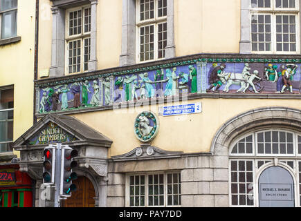 20 July 2018 Interesting fresco art on the Sunlight Chambers Building on the corner of Parliament Street in Dublin Ireland. the frieze tells the story - Stock Photo
