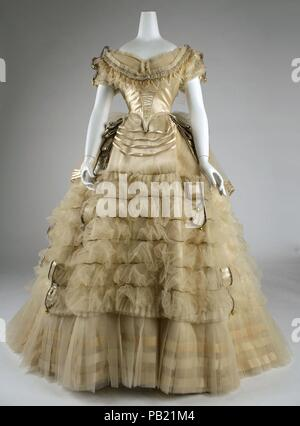 Ball gown. Culture: French. Designer: Emile Pingat (French, active 1860-96). Date: ca. 1860. Museum: Metropolitan Museum of Art, New York, USA. - Stock Photo