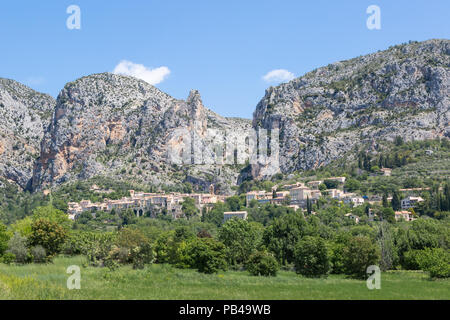 Panorama of Moustiers-Sainte-Marie in the region Alpes-de-Haute-Provence, France - Stock Photo