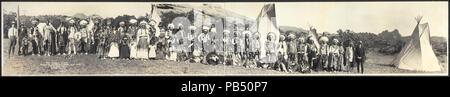 1797 Ute Indian Camp, Garden of the Gods, Shan Kive, 1913 LCCN2007661907 - Stock Photo