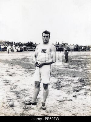 838 John Jesus Flannigan of the Greater New York Irish Athletic Association, winner of the 16 pound hammer throw at the 1904 Olympics - Stock Photo