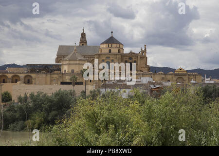 June 10, 2018 - CóRdoba, Spain - Mosque- Cathedral of Córdoba by day.Córdoba was the capital of the Later Hispania in the times of the Roman Republic, or of the Bética province during the Roman Empire and the Caliphate of Córdoba during the Muslim era. Credit: Lito Lizana/SOPA Images/ZUMA Wire/Alamy Live News - Stock Photo