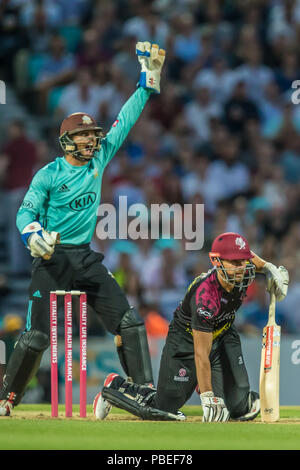 London, UK. 27 July, 2018. James Hildreth is trapped LBW by Gareht Batty batting for Surrey against  Somerset in the Vitality T20 Blast match at the Kia Oval. David Rowe/Alamy Live News - Stock Photo