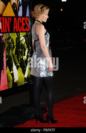 Elizabeth Banks arriving at the Smokin' Aces at the Chinese Theatre In Los Angeles. January 18, 2007.  side view profile full length metal dress silverBanksElizabeth011 Red Carpet Event, Vertical, USA, Film Industry, Celebrities,  Photography, Bestof, Arts Culture and Entertainment, Topix Celebrities fashion /  Vertical, Best of, Event in Hollywood Life - California,  Red Carpet and backstage, USA, Film Industry, Celebrities,  movie celebrities, TV celebrities, Music celebrities, Photography, Bestof, Arts Culture and Entertainment,  Topix, vertical, one person,, from the year , 2007, inquiry t - Stock Photo