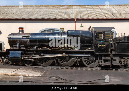 GWR Manor Class 4-6-0 number 7822 'Foxcote Manor', operated by the West Somerset heritage railway. - Stock Photo