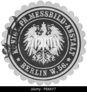 Alte Briefverschlussmarke aus Papier, welche seit ca. 1850 von Behoerden, Anwaelten, Notaren und Firmen zum verschliessen der Post verwendet wurde. 1448 Siegelmarke Königl. Pr. Messbild-Anstalt Berlin W0338767 - Stock Photo