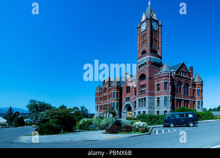 Jefferson County Courthouse 3. Built in red brick Romanesque Revival style in 1892 by Architect W. A. Ritchie. Port Townsend, Washington, USA - Stock Photo