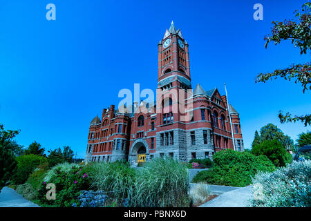 Jefferson County Courthouse 2. Built in red brick Romanesque Revival style in 1892 by Architect W. A. Ritchie. Port Townsend, Washington, USA - Stock Photo