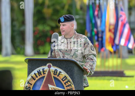 U.S. Army Brig. Gen. Michael Morrissey, the new commander of the 94th Army Air and Missile Defense Command, addresses attendees of his change of command after assuming command, at the change of command ceremony, July 26, 2018, historic Palm Circle lawn at Fort Shafter, Hawaii. - Stock Photo
