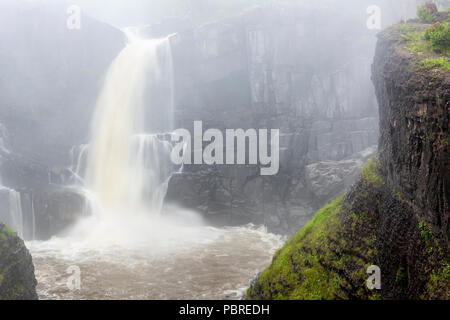 High Falls of the Pigeon River, morning, Grand Portage SP, Cook County, Summer, MN, USA, by Dominique Braud/Dembinsky Photo Assoc - Stock Photo