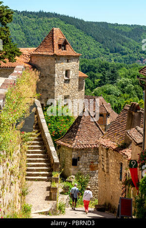 Saint-Cirq-Lapopie on  Santiago de Compostela pilgrimage road, labelled as a Les Plus Beaux Villages de France or The Most Beautiful Villages of Franc - Stock Photo
