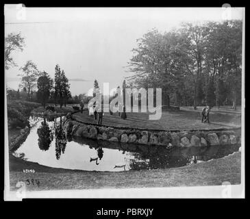 Actors rehearsing at the Rosemary Open-Air Theatre, Huntington, Long Island, site of the National Red Cross Pageant, Oct. 5, 1917 - Stock Photo