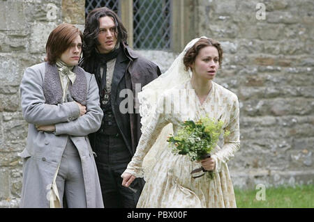 WUTHERING HEIGHTS  2009 Mammoth Screen TV series  with from left: Tom Payne, Tom Hardy and Rebecca Night - Stock Photo