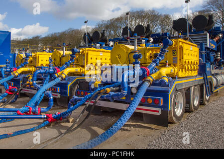 Cuadrilla Resources drilling equipment, pressure pumping, blending, cementing, Enerflow Industries equipment at Shale Gas Drill Site,  Presse Hall Farm, Singleton, Blackpool, Lancashire, UK - Stock Photo