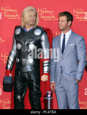 Chris Hemsworth and his wax statue at the  Avengers Age of Ultron Premiere at the Dolby Theatre in Los Angeles. April, 13, 2015.Chris Hemsworth and his wax statue  Event in Hollywood Life - California, Red Carpet Event, USA, Film Industry, Celebrities, Photography, Bestof, Arts Culture and Entertainment, Topix Celebrities fashion, Best of, Hollywood Life, Event in Hollywood Life - California, Red Carpet and backstage, movie celebrities, TV celebrities, Music celebrities, Arts Culture and Entertainment, vertical, one person, Photography,    inquiry tsuni@Gamma-USA.com , Credit Tsuni / USA,   Ca - Stock Photo