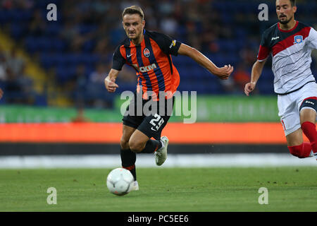 JULY 29, 2018 - KHARKIV, UKRAINE: Andriy Totovytskyi runs and dribbles with the ball. Ukrainian Premier League. Shakhtar Donetsk - Arsenal Kyiv. - Stock Photo