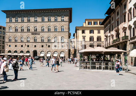 Visitors and restaurants in the Piazzale Michelangelo, in Florence, Tuscany, Italy - Stock Photo