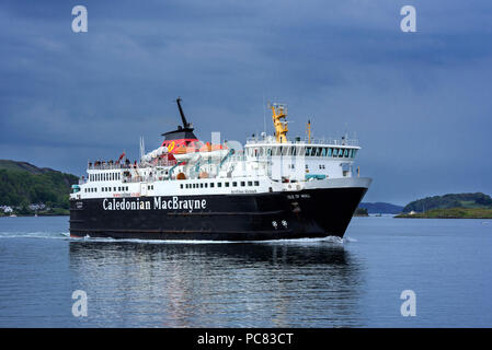 Caledonian MacBrayne ferry boat Isle of Mull / An t-Eilean Muileach leaving the port of Oban - Stock Photo